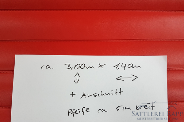 KLP01r Kunstleder rot abgeschweisste Pfeifen ca. 1,40m breit Sonderposten