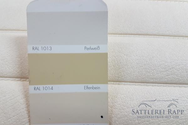 KLP01hell Kunstleder hellelfenbein abgeschweisste Pfeifen ca. 1,40m breit Sonderposten